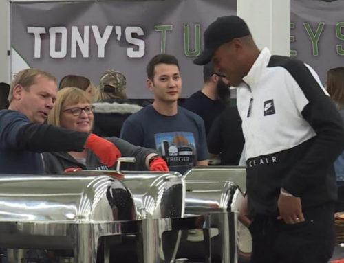 Tony Finau donates 1K turkeys to help Rose Park families have happy Thanksgiving